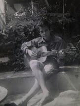 Raymond Neutra with guitar